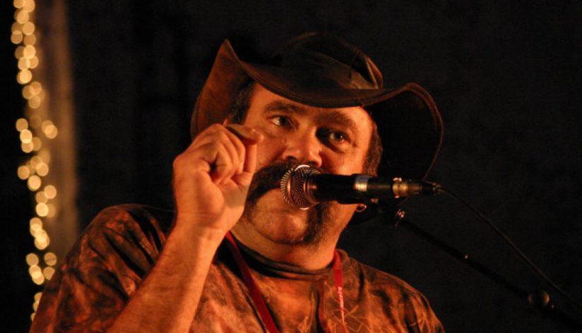 Mark ATKINS : Le Didgeridoo à la conquête des cinq continents