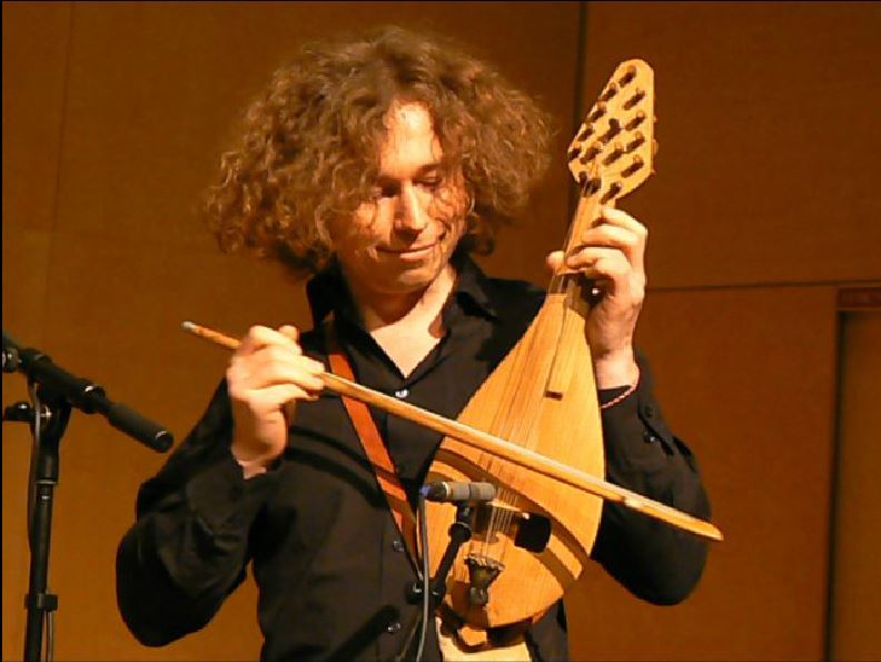 VIOLONS BARBARES : Band of (Curious) Gypsies